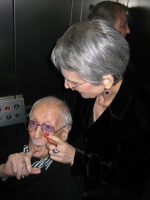 Erwin + Heike having fun in the elevator